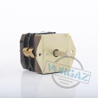 Переключатель ПКУ2-11-220 У3 - вид спереди